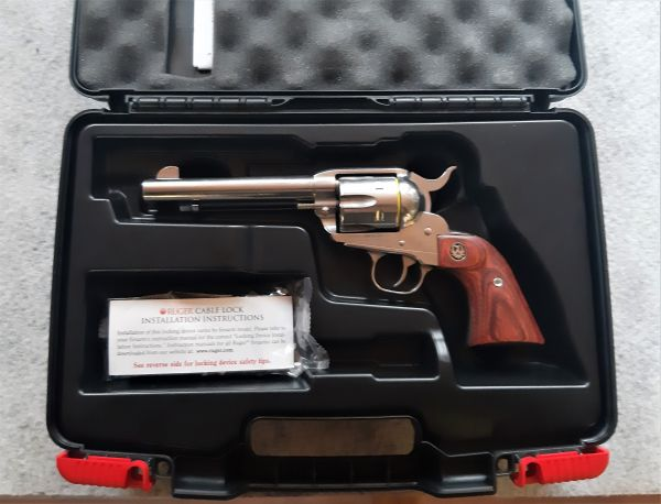 Ruger New Vaquero Stainless